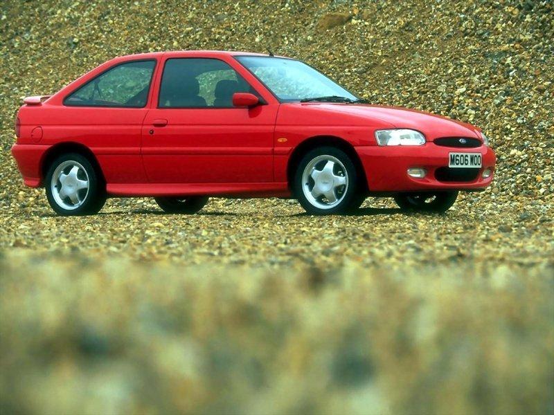 форд эскорт хэтчбек 1995 материалы учитываются